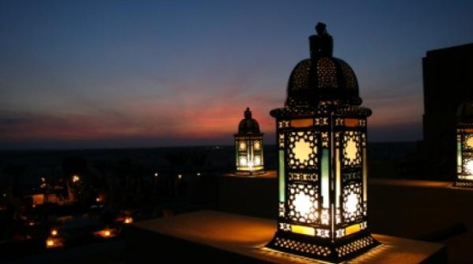 28 FAQs on Fasting in Month of Ramadan